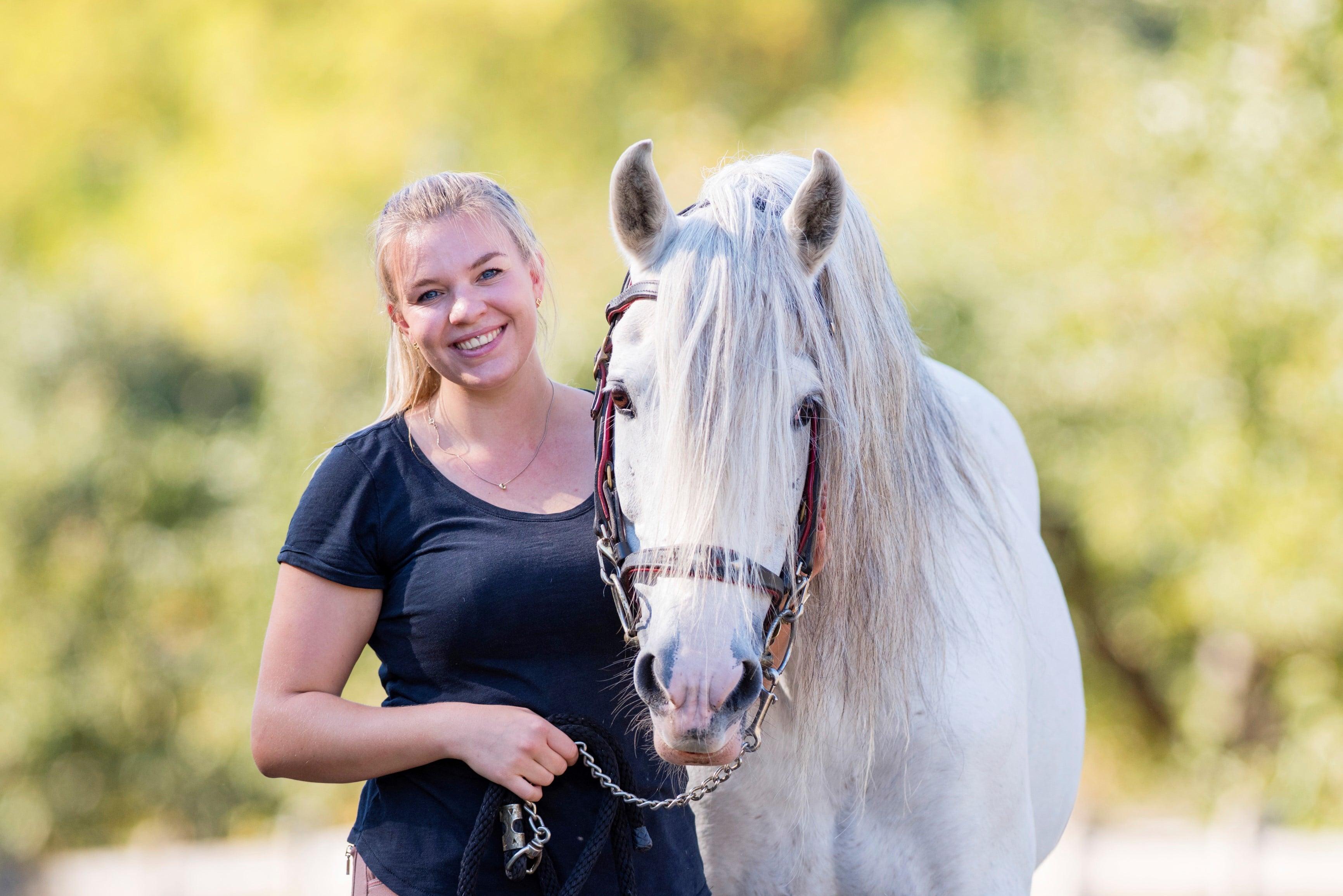 Luzi und Vasco - das Pferd