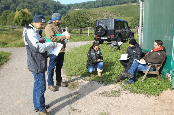 Gruppenarbeit im Freien